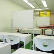 スタジアムウエスト白糸台(教室)